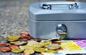 Gespartes Geld für Pflegezusatzversicherung neben Kasse