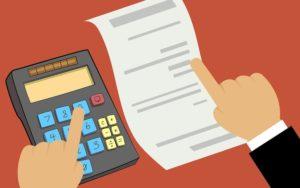 Prüfung von Mahngebühren mit Taschenrechner