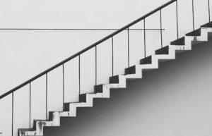 Treppe als Sinnbild für Zinstreppe Festgeld